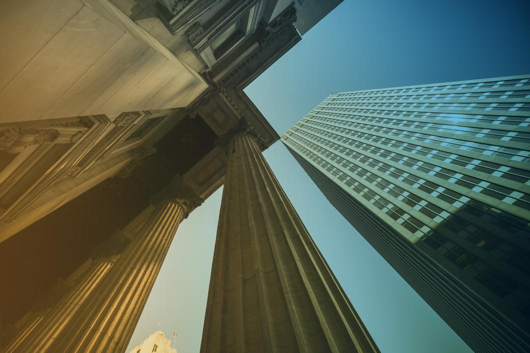 CRS-Pflichten eines berichtenden Finanzinstituts (FI) bei der Feststellung des Steuerwohnsitzes seiner Kunden im Zusammenhang mit den Verfahren für neue Konten